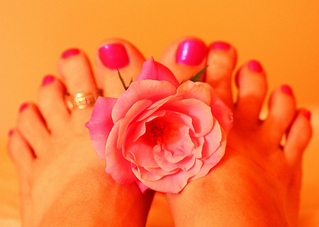Pink Toe Nails Pedicure Eatloveread.me